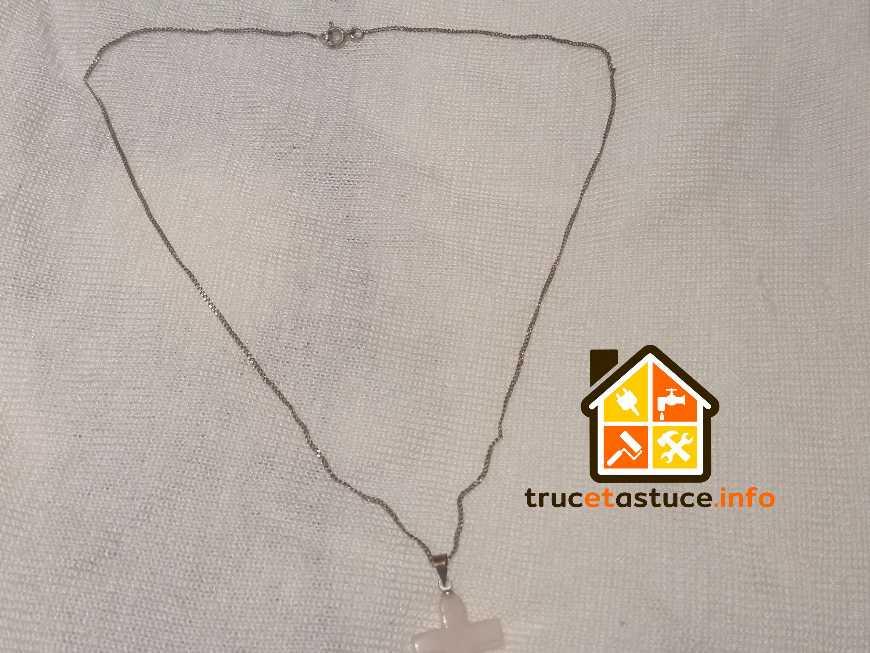 Entretenir des bijoux en argent oxyd s sur truc et astuce for Astuce pour nettoyer des bijoux en argent